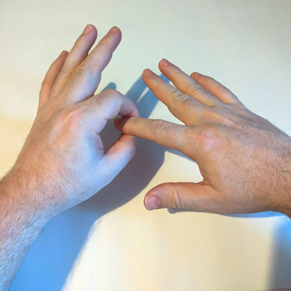 The Finger Method – A simple technique to communicate with your spirit guides